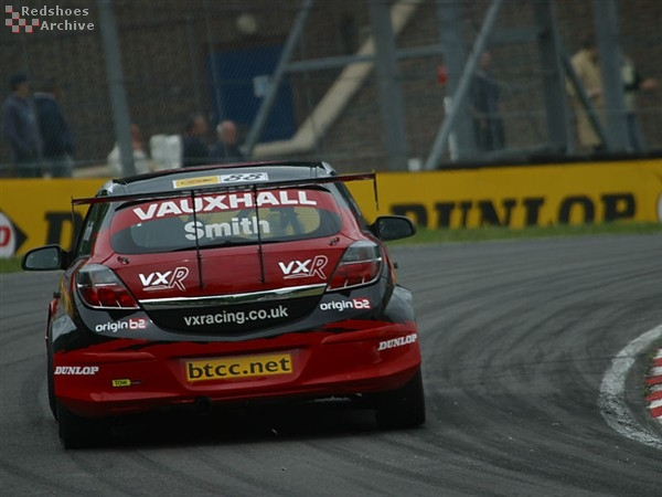 Gavin Smith - Vauxhall Astra Sport Hatch