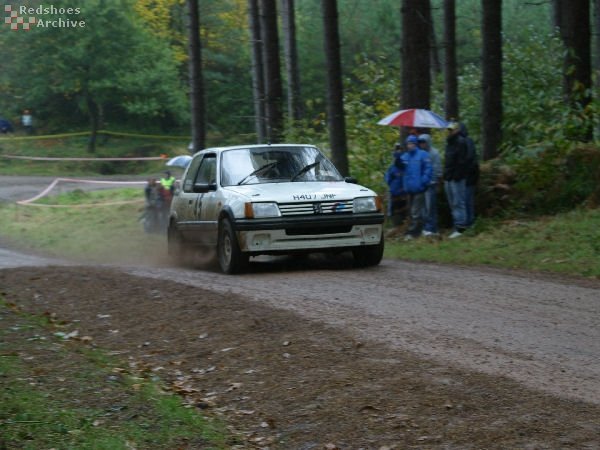 Andy Wright / Nigel Powell - Peugeot 205GTi