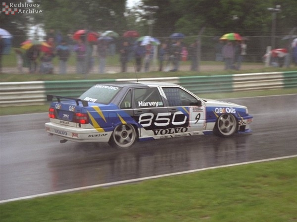 Tim Harvey - Volvo 850